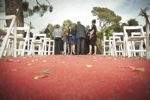 boda-arroz-suelo-alfombra-roja