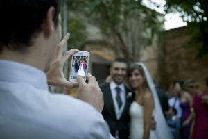 boda-foto-movil-amigos