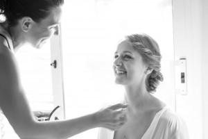 maquillaje-novia-preparativos-felicidad