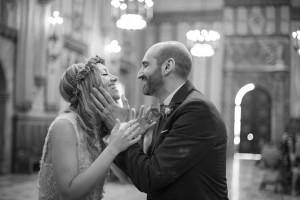 boda-ajuntament-beso-recien-casados