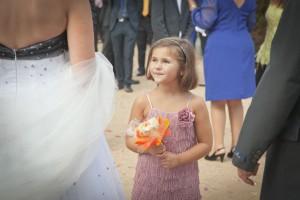 niña-mirada-felicidad-novia