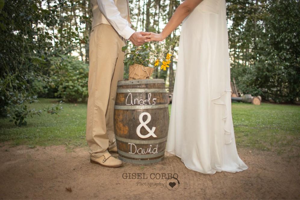 detalle-boda-rustica-bosque-barril
