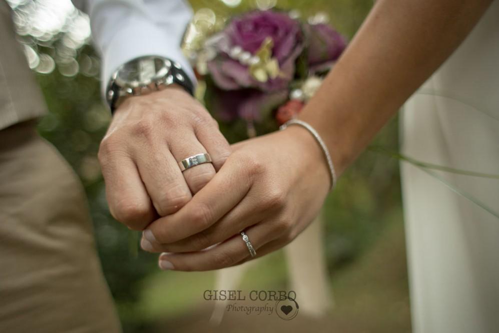 reportaje-fotografo-anillos-boda-01