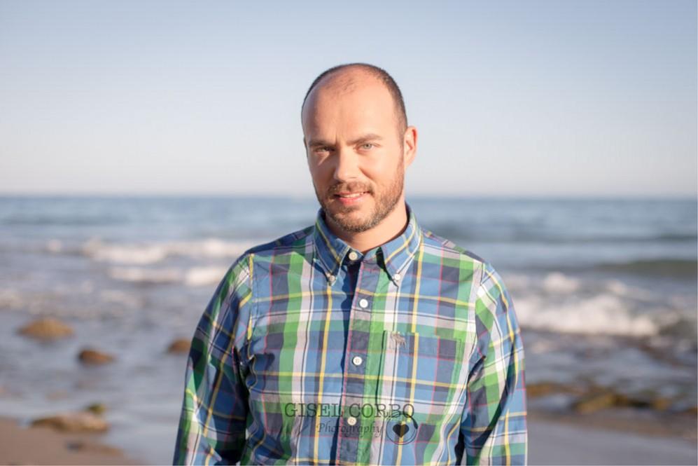 retrato-novio-preboda-playa