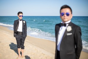 gay-wedding-barcelona-beach-photo