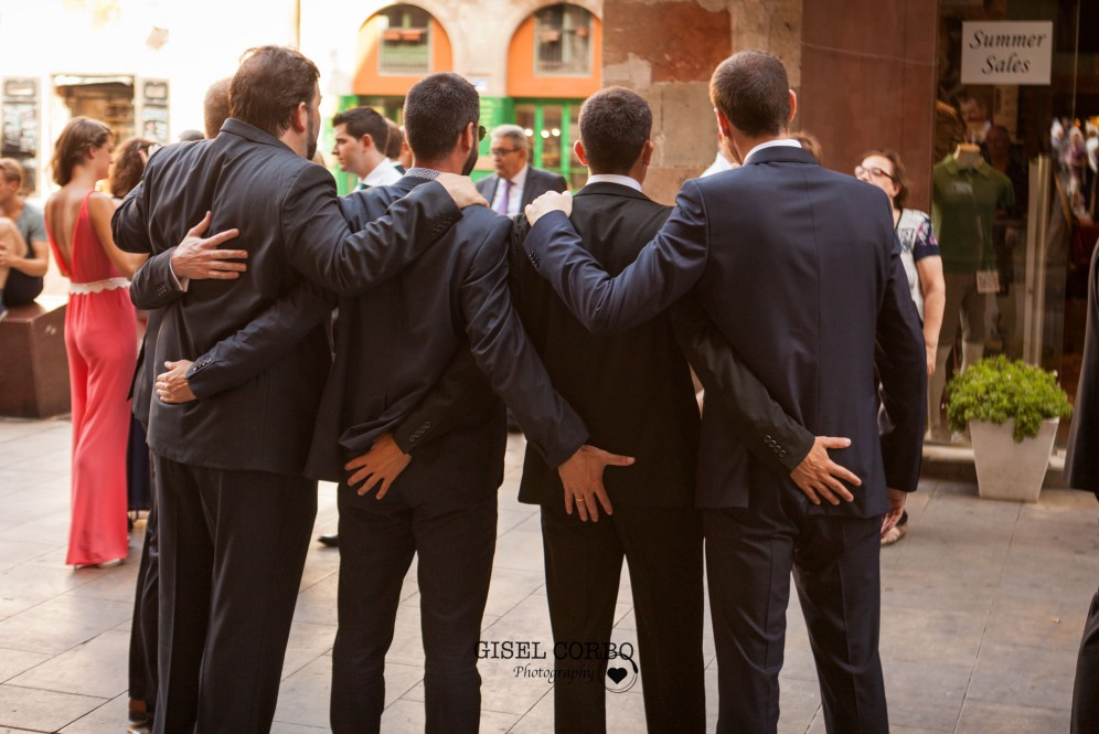 boda barcelona foto amigos divertida diferente