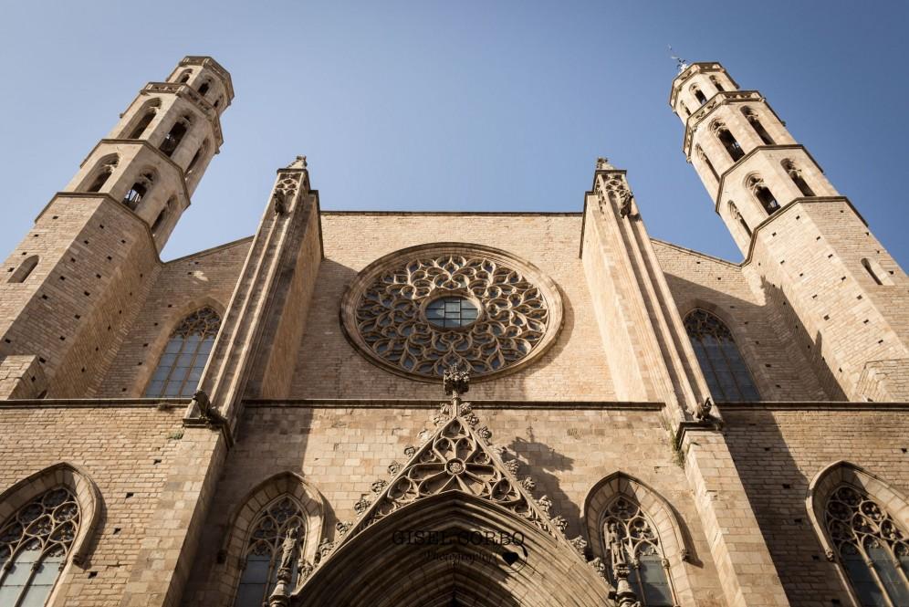 detalles boda barcelona fachada basilica