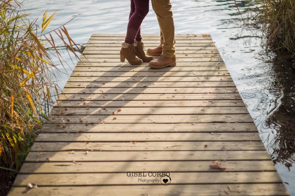 017 sesion fotos girona camino madera zapatos botas