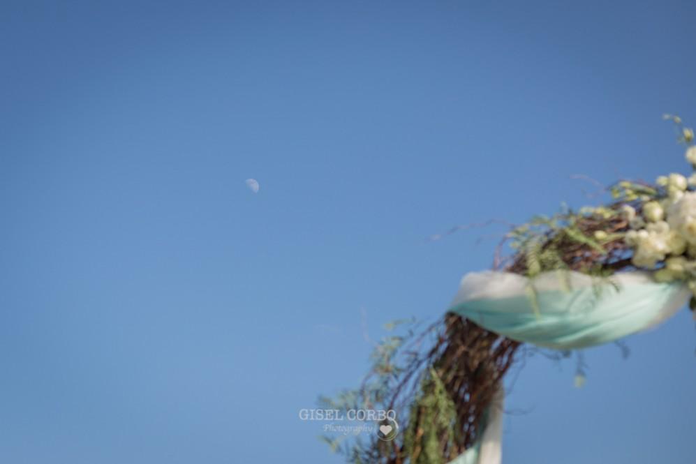 34 boda cielo azul y luna aparece