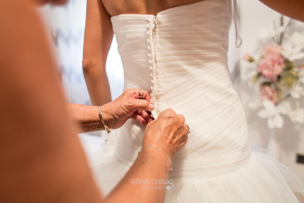 8 vestido novia cremallera y botones espalda
